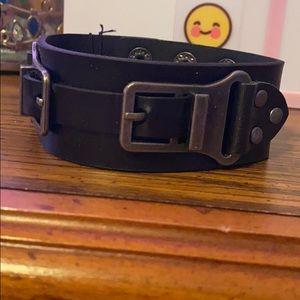 Blanket leather bracelet